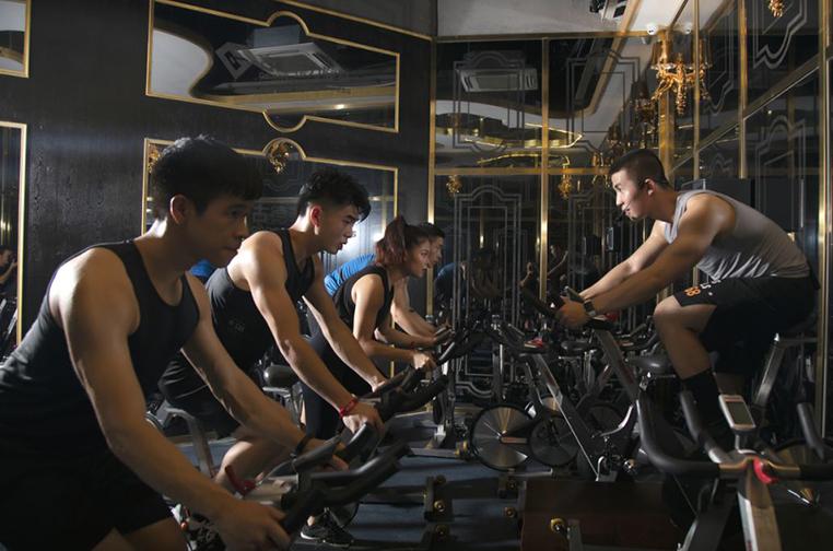 亮象团操动感单车教练培训